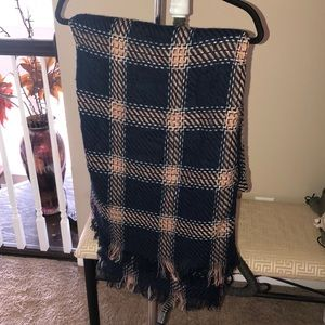 Thick and Long Plaid Scarf